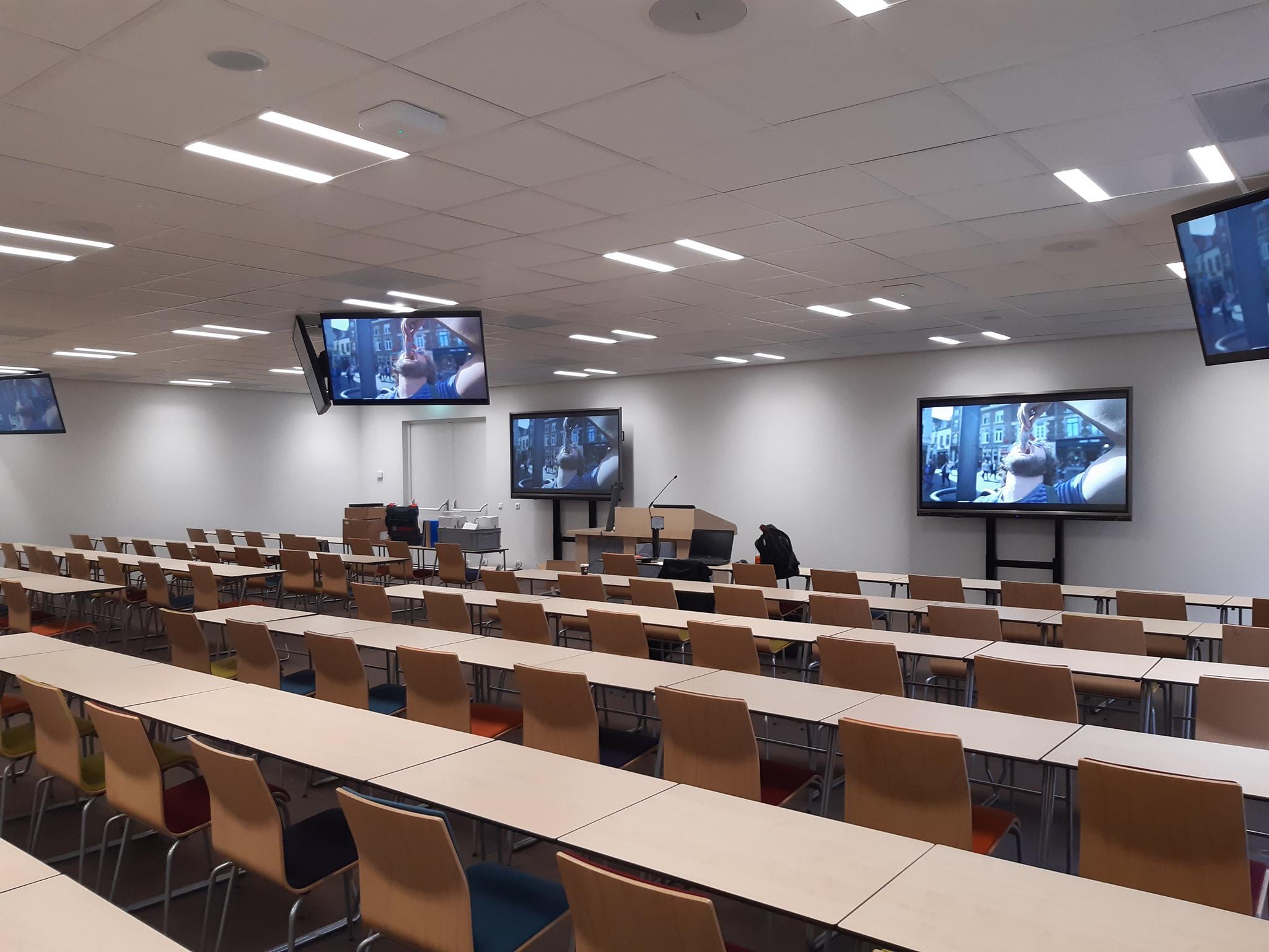 Maastricht University-DKE-collegezaal-overview